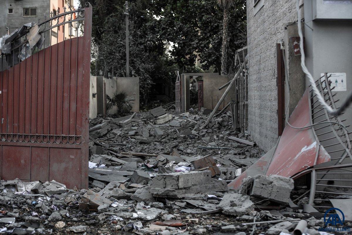 Tedavi için Mısır'da bulunan Gazzeli yaralılardan biri 5 yaşında #2