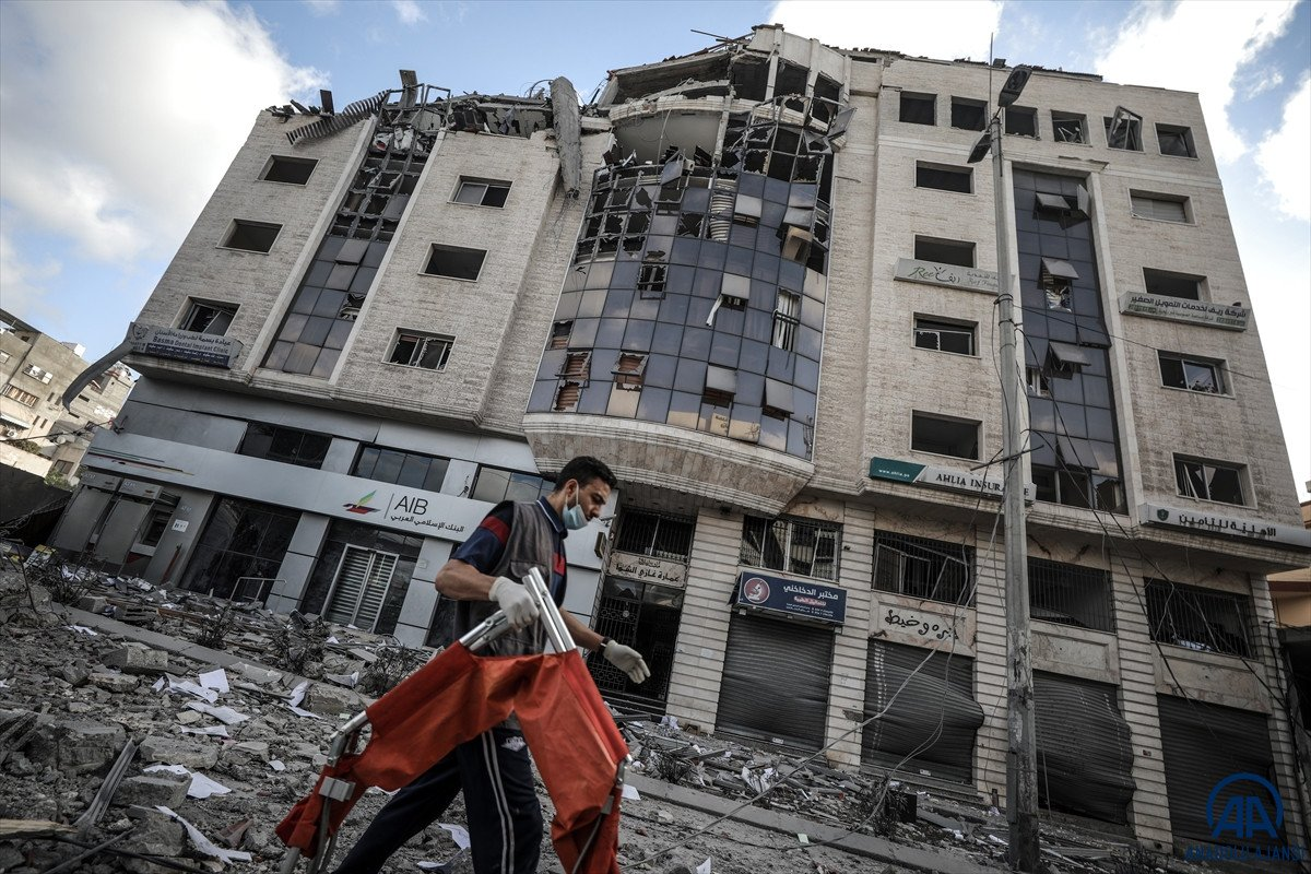 Tedavi için Mısır'da bulunan Gazzeli yaralılardan biri 5 yaşında #3