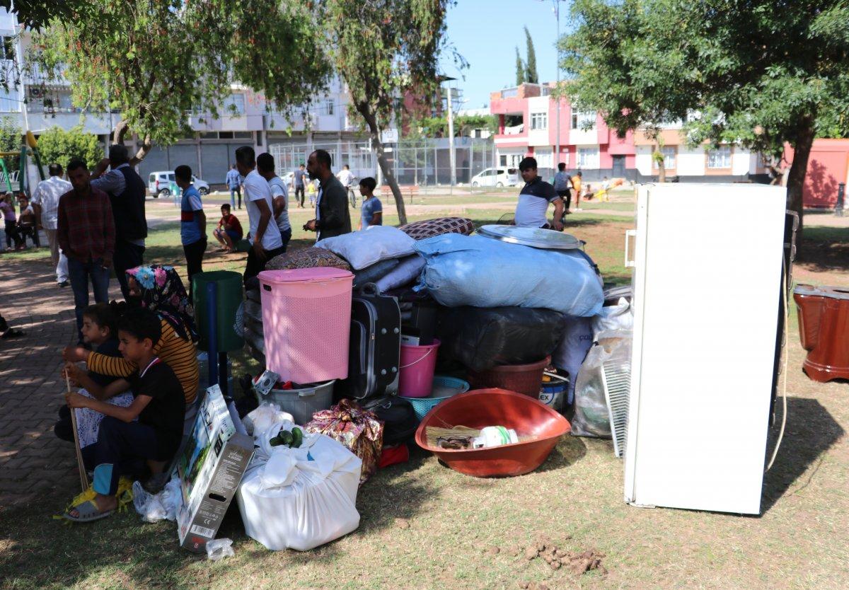 Adana'da kirasını ödeyemeyen kadın, 4 çocukla sokakta kaldı  #2