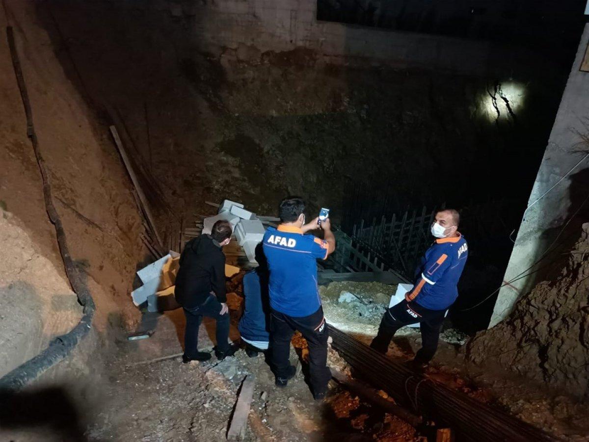 Kocaeli'de inşaat alanında toprak kaydı, 5 katlı bina boşaltıldı #5