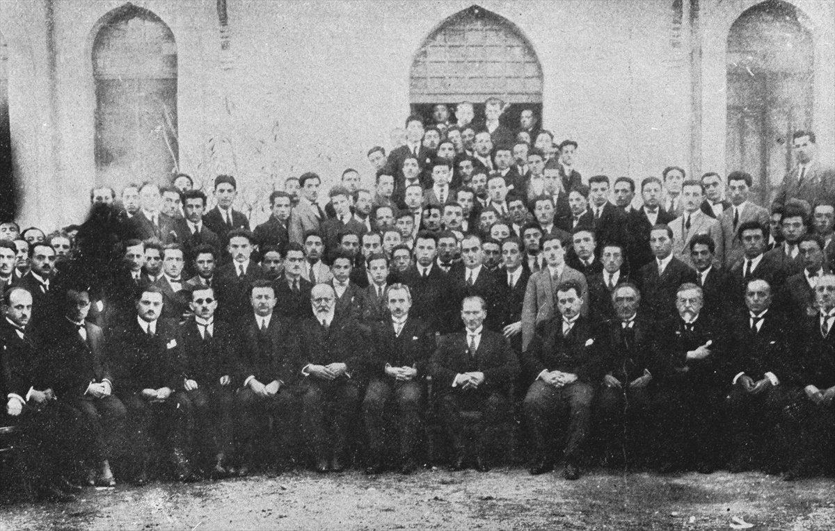 Bağımsızlığın ilk adımı: 19 Mayıs Atatürk ü Anma, Gençlik ve Spor Bayramı #2