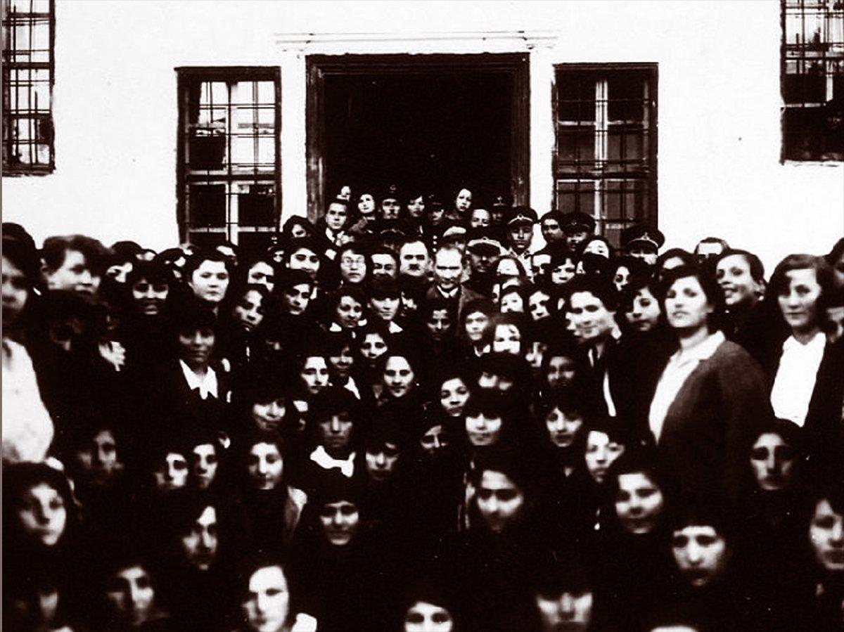 Bağımsızlığın ilk adımı: 19 Mayıs Atatürk ü Anma, Gençlik ve Spor Bayramı #12
