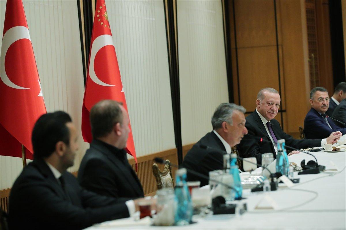 Cumhurbaşkanı Erdoğan, şampiyon Beşiktaş ı kabul etti #1