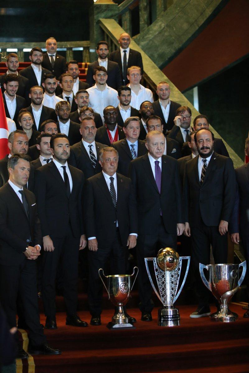 Cumhurbaşkanı Erdoğan, şampiyon Beşiktaş ı kabul etti #11