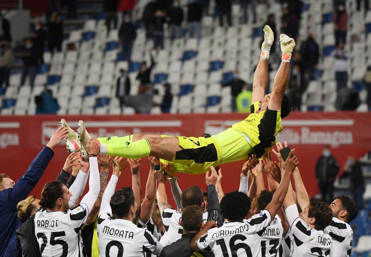 Juventus İtalya Kupası nı kazandı #9