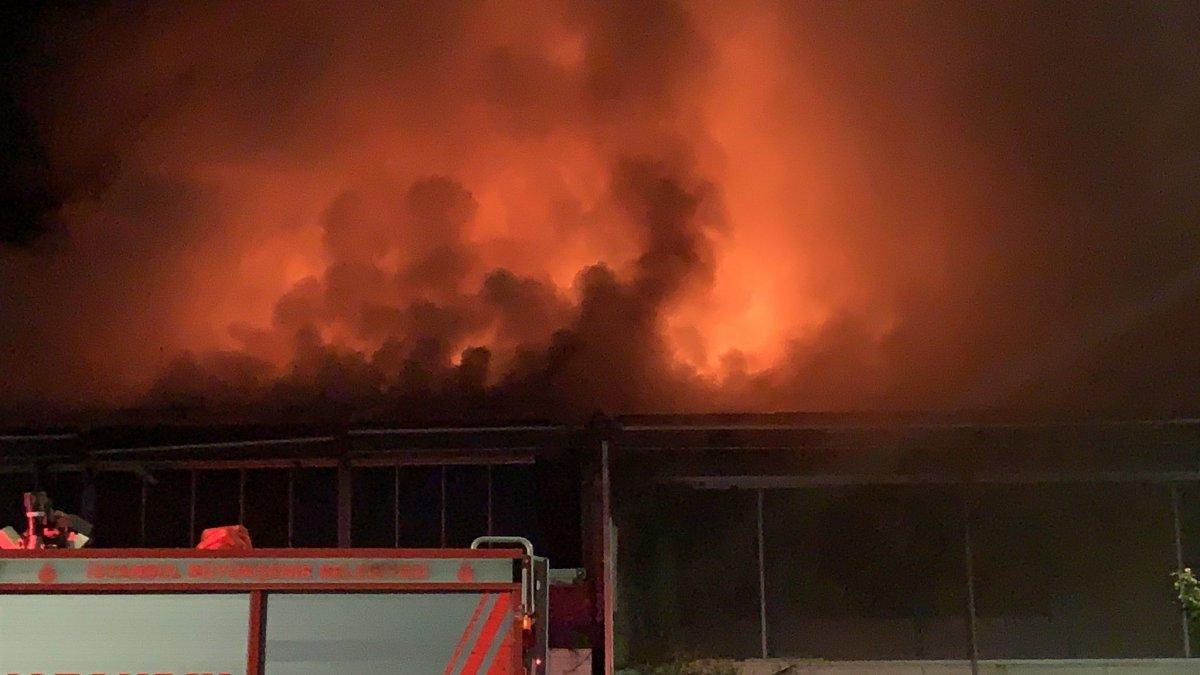 Üsküdar da bir kafede yangın çıktı #2