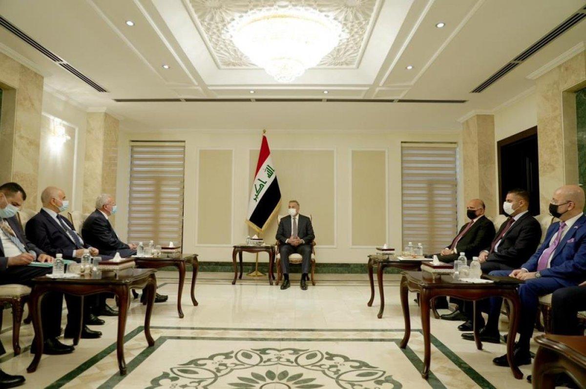 Filistin Dışişleri Bakanı Al-Maliki, Irak Başbakanı el-Kazımi ile görüştü #1