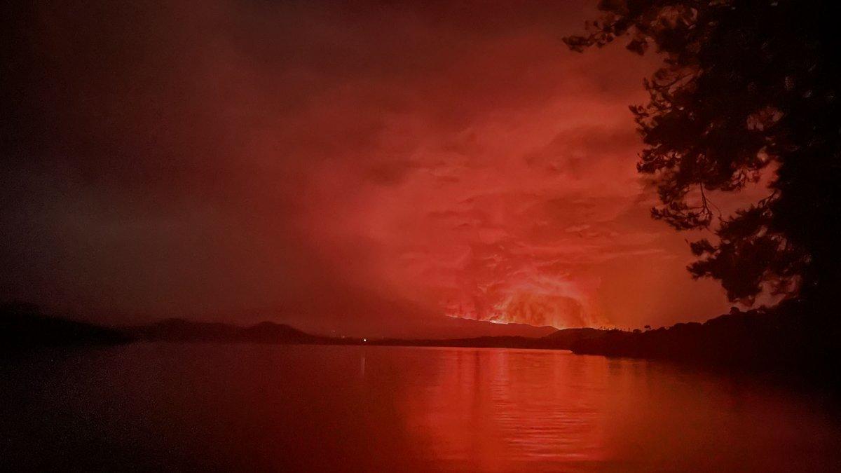 Kongo'da Afrika nın en aktif yanardağı Nyiragongo patladı #3