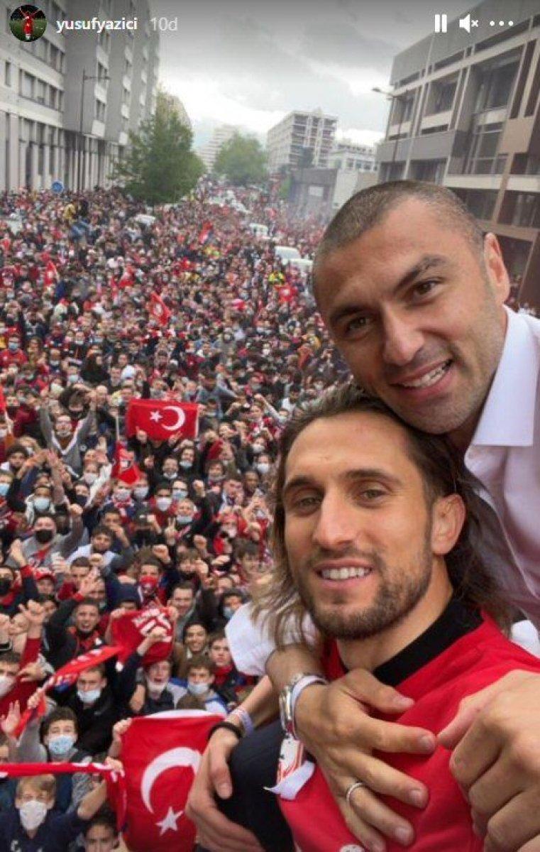 Fransa da Lille taraftarından  Türk bayraklı  şampiyonluk kutlaması #3