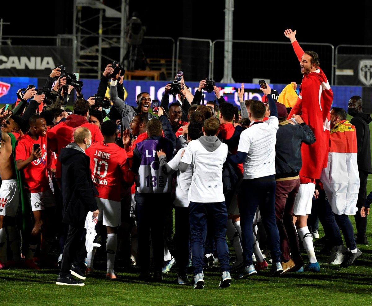 Lille, Fransa Ligue 1'de şampiyon oldu #6