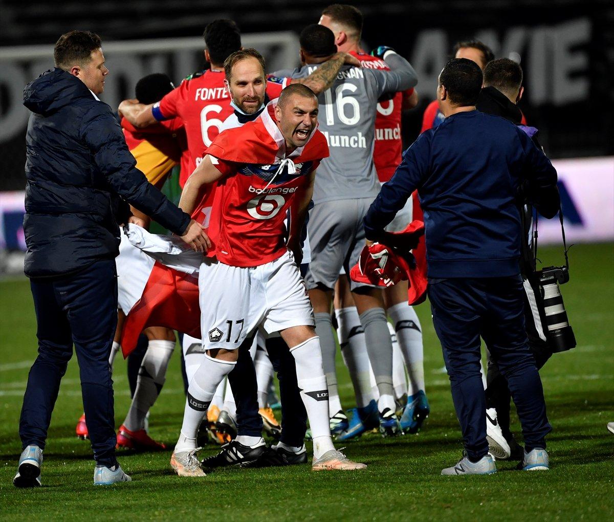 Lille, Fransa Ligue 1'de şampiyon oldu #4