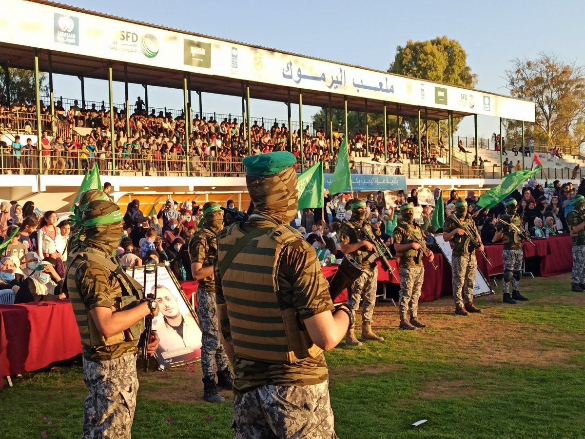 Hamas, Gazze Şeridi'nde şehit olanlar adına toplu anma töreni düzenledi #2