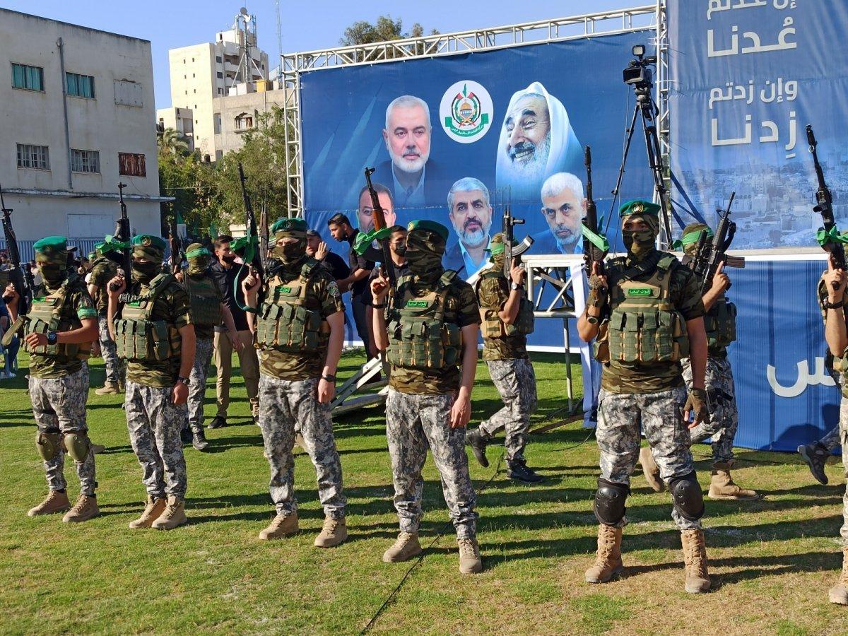 Hamas, Gazze Şeridi'nde şehit olanlar adına toplu anma töreni düzenledi #1
