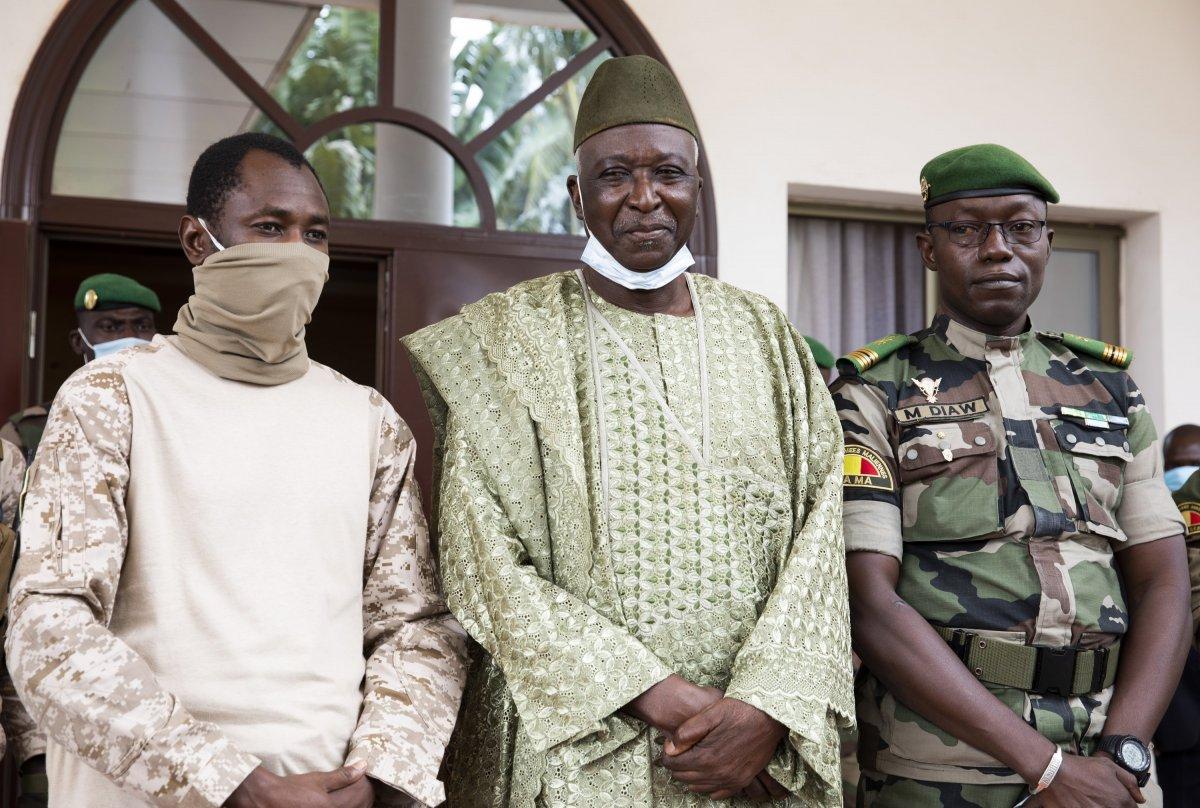 Mali de Geçiş Konseyi ne askeri darbe #2