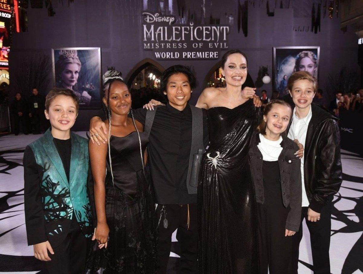 Angelina Jolie ile Brad Pitt arasında velayet tartışması #1