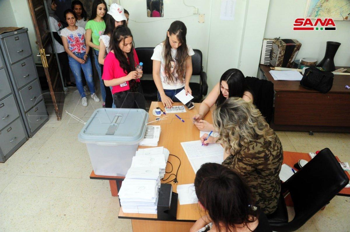 Suriye de devlet başkanlığı seçimleri başladı #1