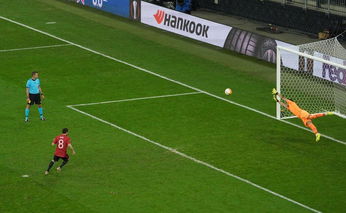 UEFA Avrupa Ligi Kupası nın galibi Villarreal  #13