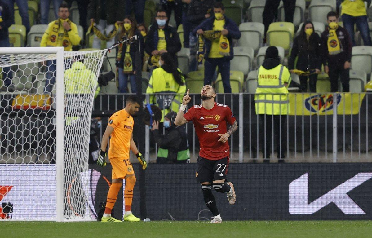 UEFA Avrupa Ligi Kupası nın galibi Villarreal  #15