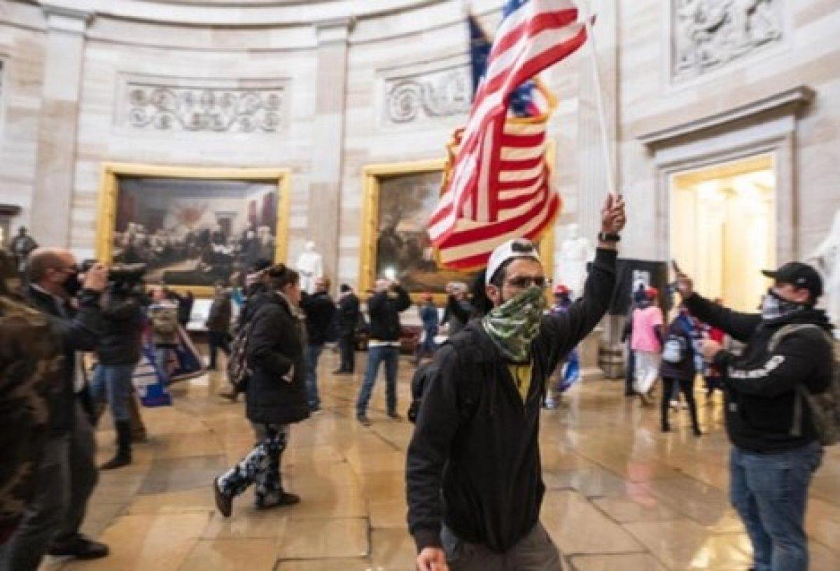 ABD deki kongre baskınında sanıkların yüzde 10 u orduyla bağlantılı çıktı #2