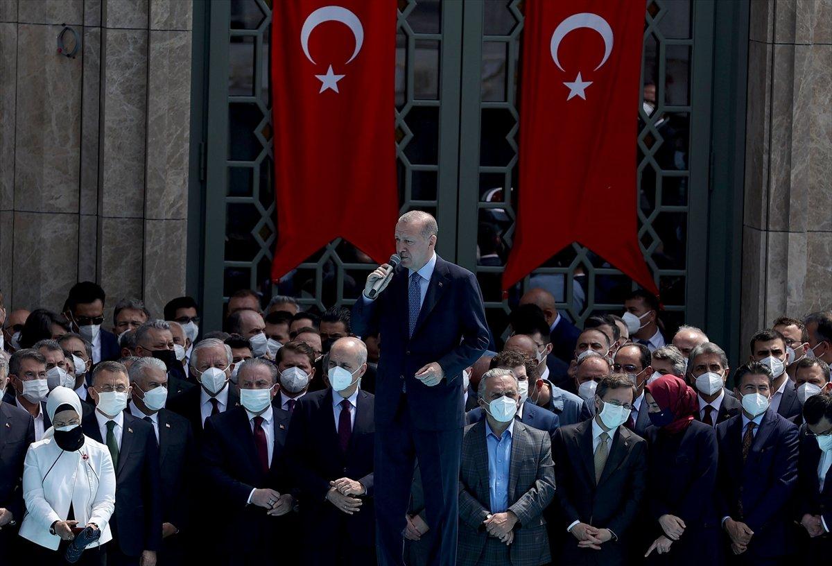 Cumhurbaşkanı Erdoğan ın Taksim Camii açılışı konuşması #1