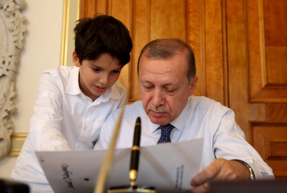 Cumhurbaşkanı Erdoğan ın torunu Ömer Tayyip, hafızlık eğitimini tamamladı #2