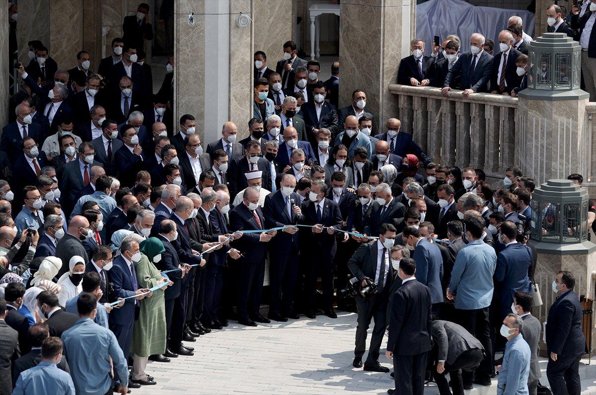Cumhurbaşkanı Erdoğan ın Taksim Camii açılışı konuşması #4