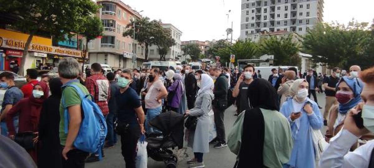 İstanbul da metro seferleri durdu, duraklarda yoğunluk oluştu #2