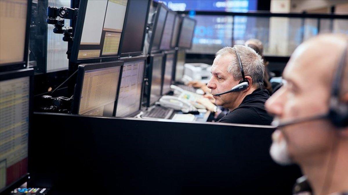Küresel piyasalar yoğun veri gündemine odaklandı #1
