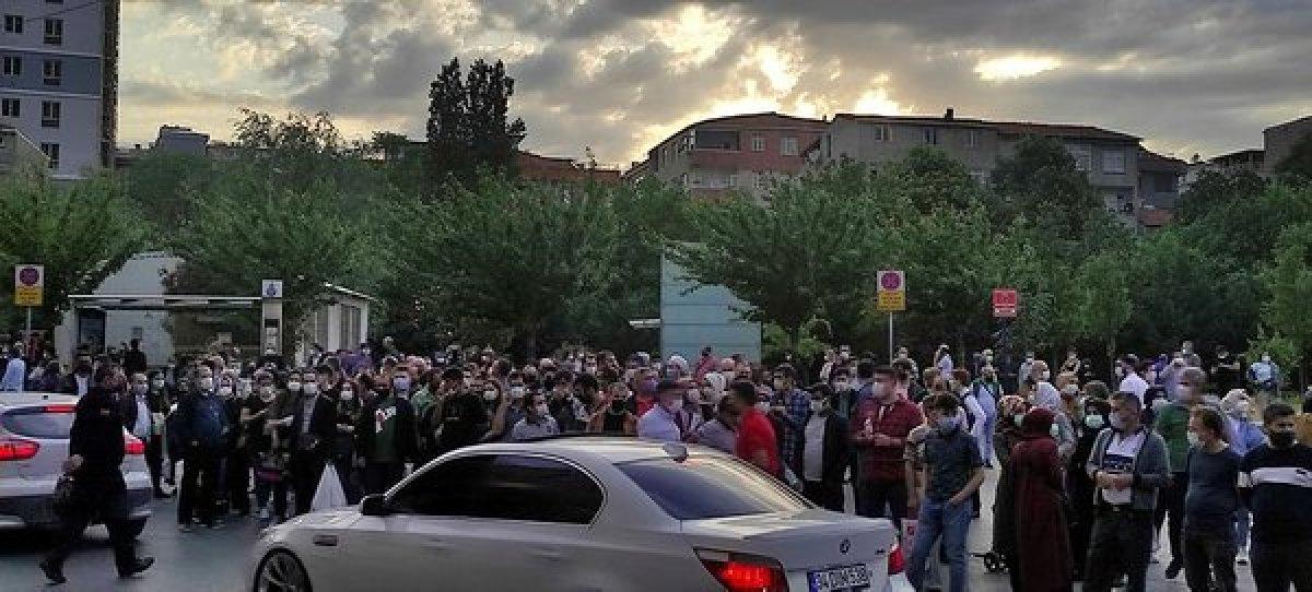 İstanbul da metro seferleri durdu, duraklarda yoğunluk oluştu #1