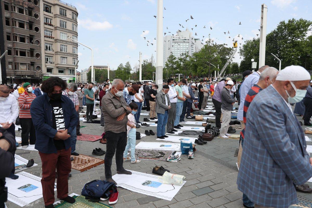 Taksim Camii ibadete açıldı #10