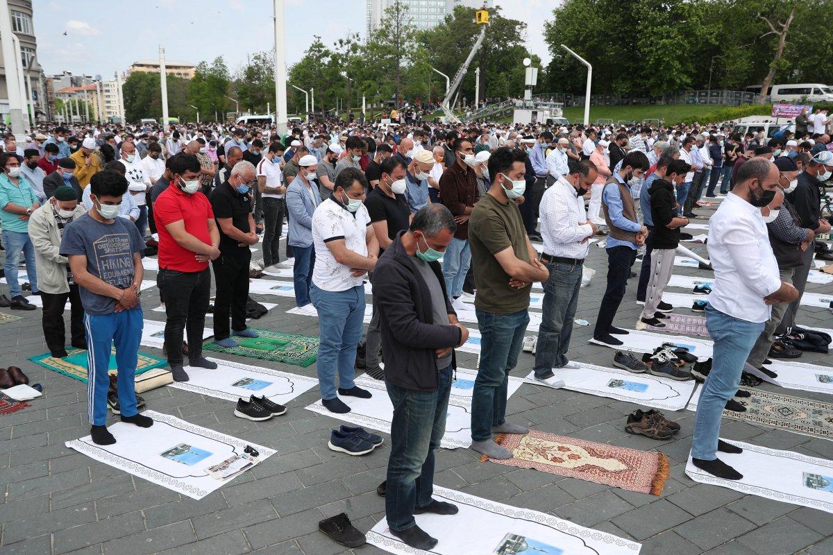 Taksim Camii ibadete açıldı #15
