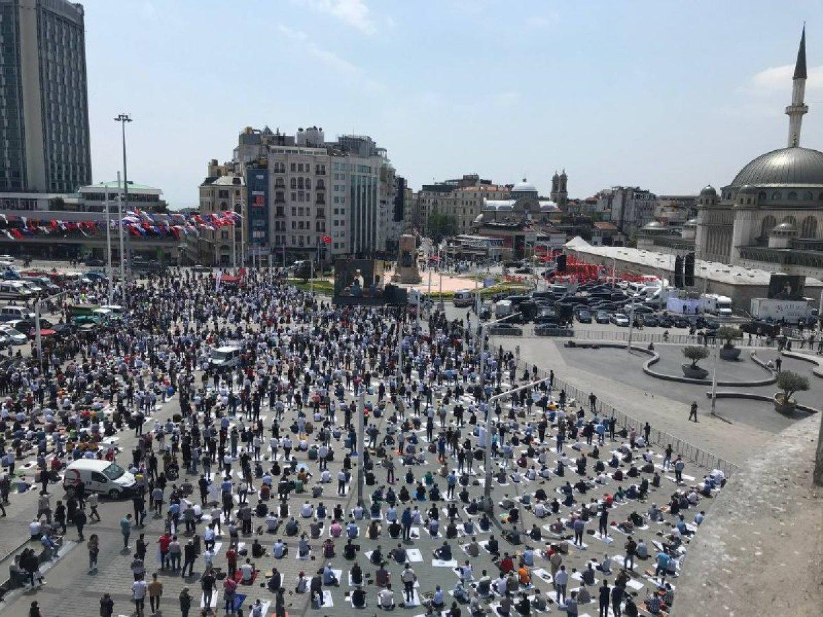 Taksim Camii ibadete açıldı #8