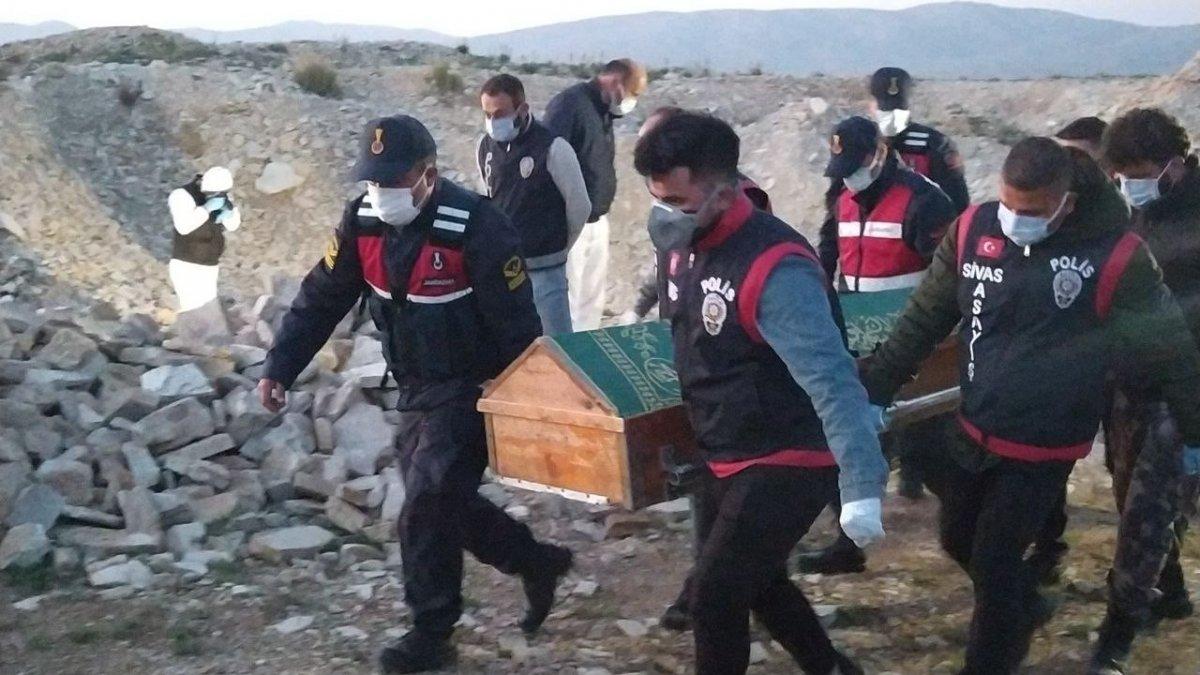 40 gündür kayıp olan kadının cesedi Sivas ta bulundu #3