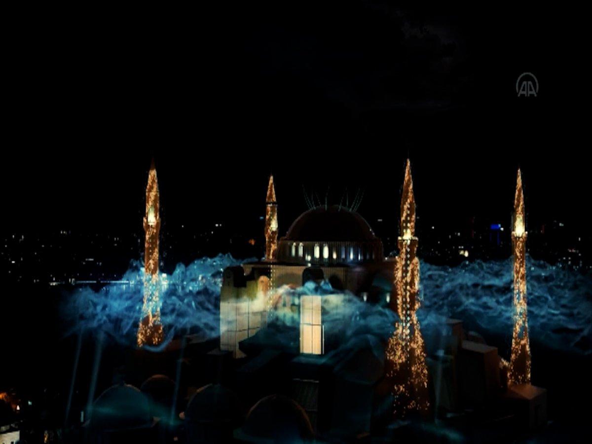 Ayasofya Camii ve Galata Kulesi nde sky mapping gösterisi #6