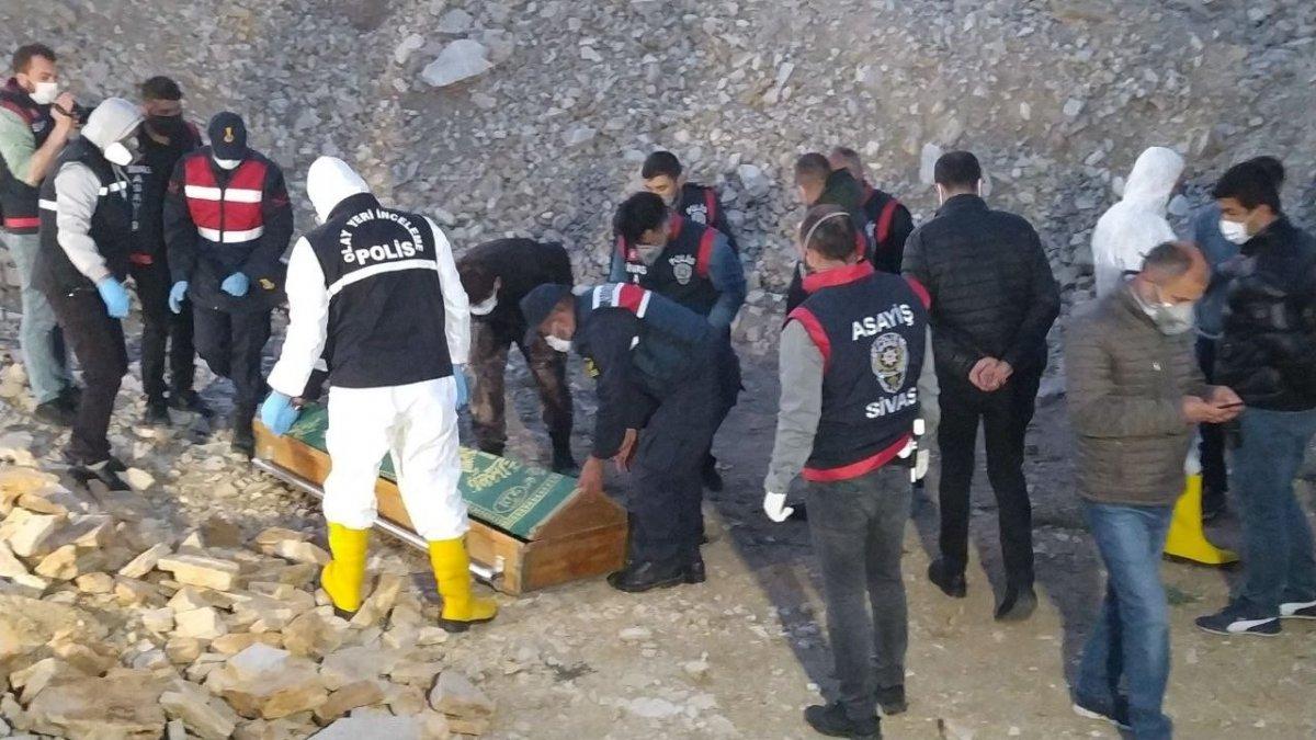 40 gündür kayıp olan kadının cesedi Sivas ta bulundu #2