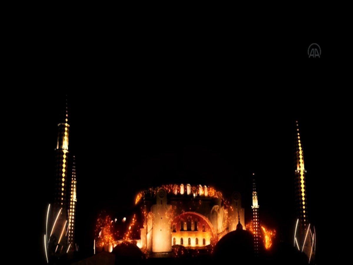 Ayasofya Camii ve Galata Kulesi nde sky mapping gösterisi #5