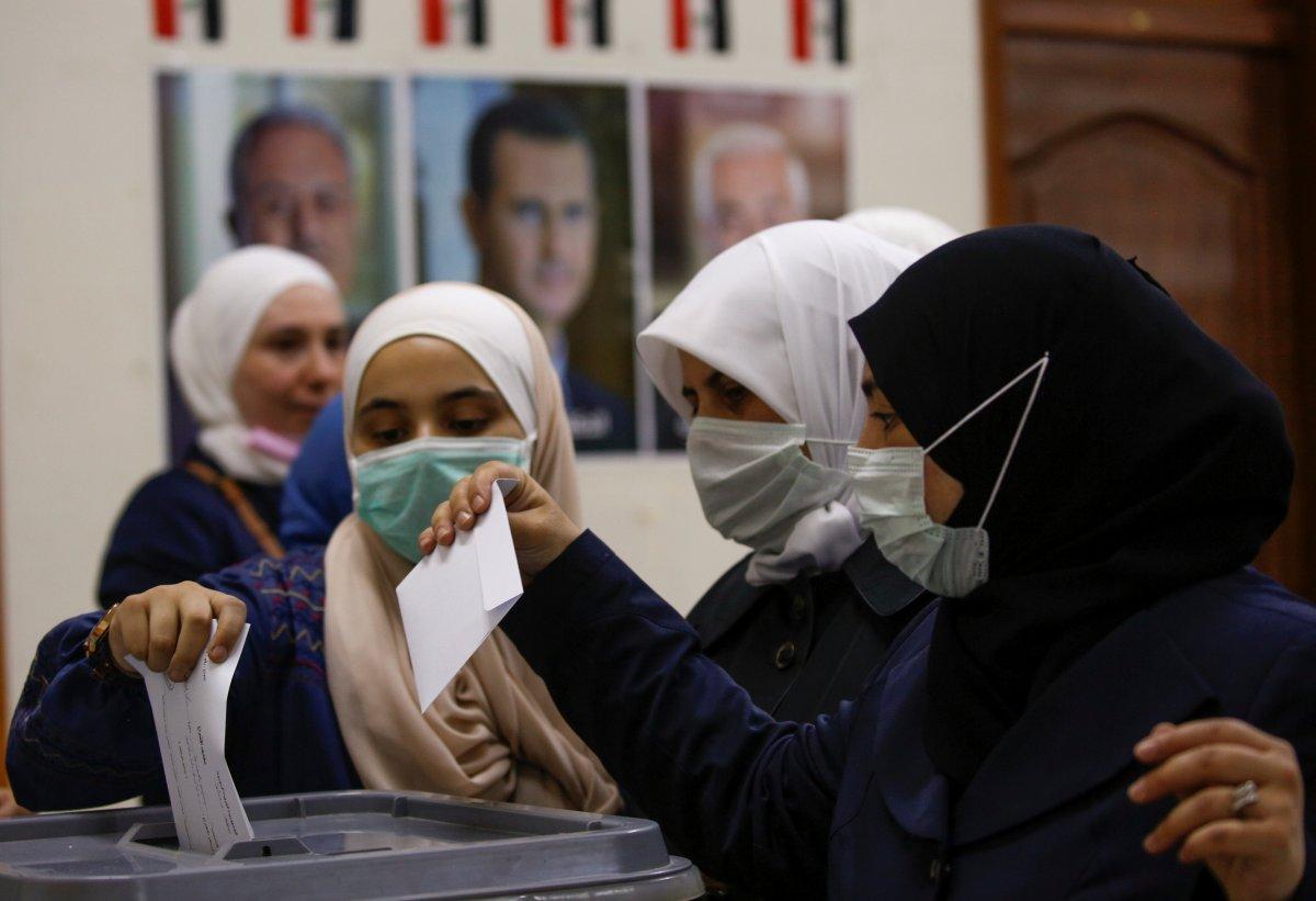 Suriye de Esad rejimine 4 milyon fazladan oy çıktı #1