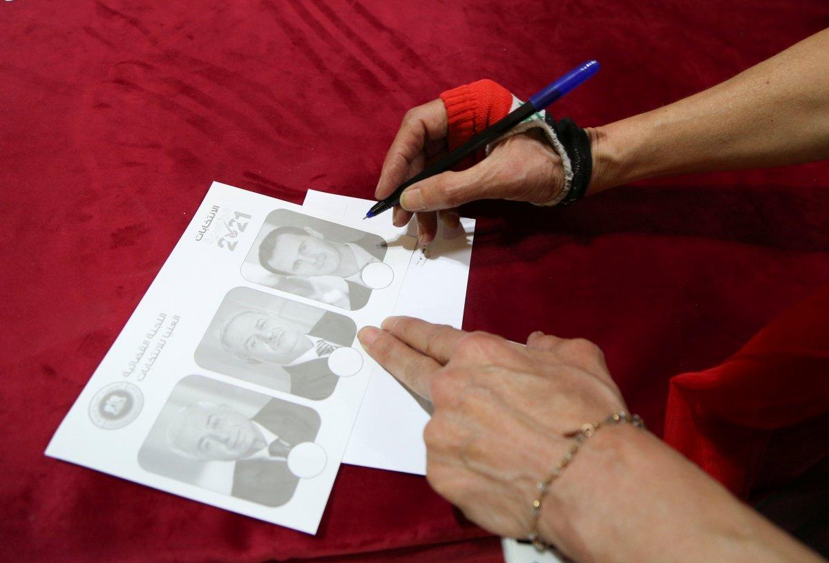 Suriye de Esad rejimine 4 milyon fazladan oy çıktı #3