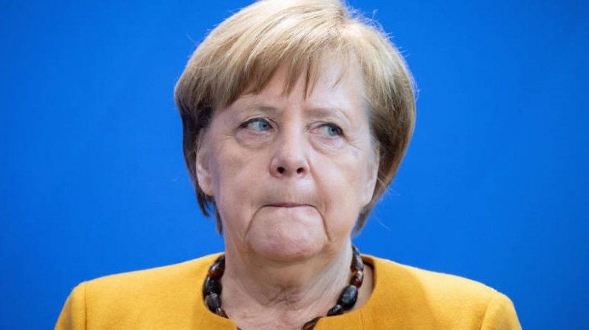 Almanya da Angela Merkel e hakaret eden kişiye 8 ay hapis #1