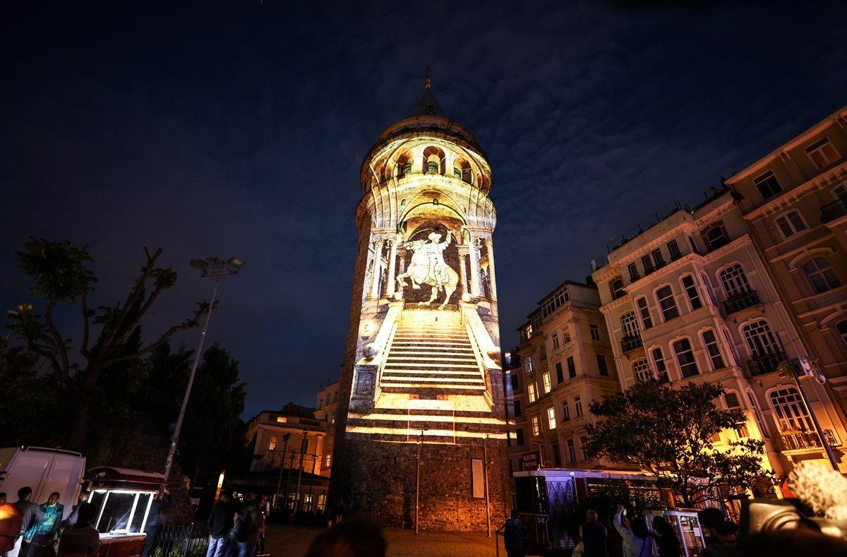 Ayasofya Camii ve Galata Kulesi nde sky mapping gösterisi #9