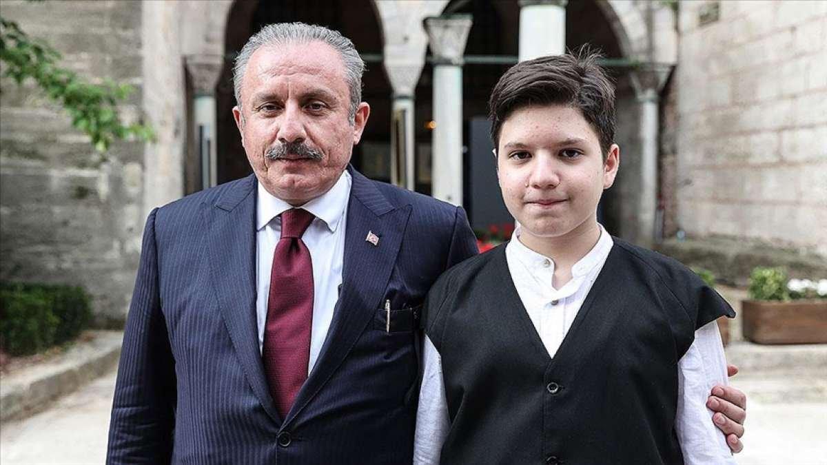 Mustafa Şentop'un oğlu Ömer Asım, hafızlık eğitimini tamamladı #1