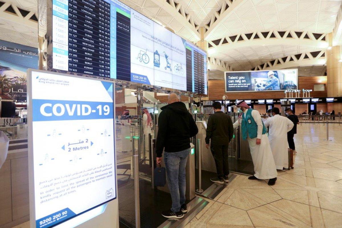 Suudi Arabistan, 11 ülkeden yolcuların seyahat yasağını kaldırdı #1