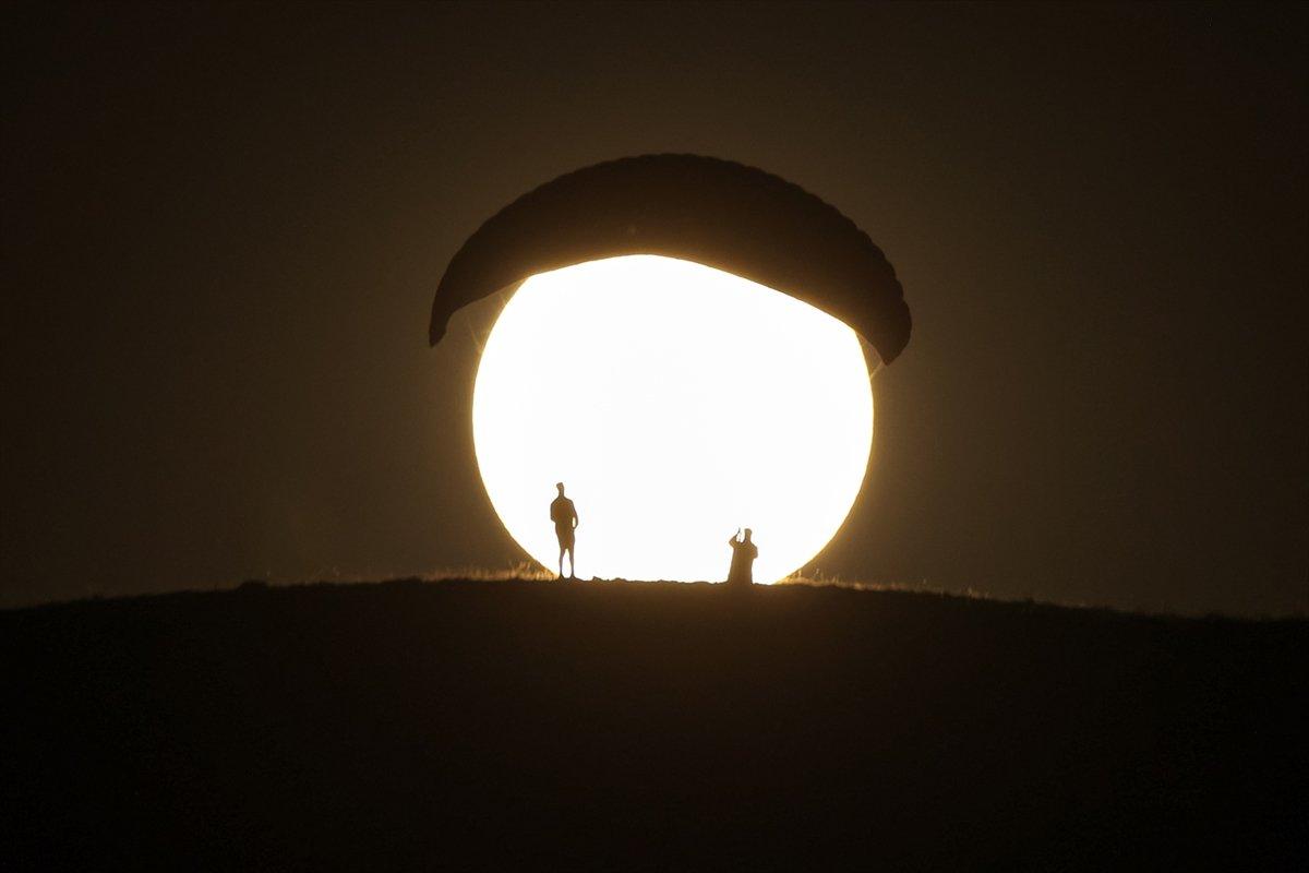 AA nın Van da çektiği Süper Ay fotoğrafları dünya basınında #5