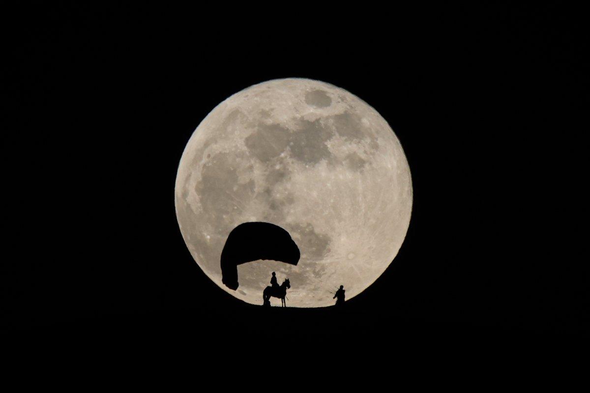 AA nın Van da çektiği Süper Ay fotoğrafları dünya basınında #6