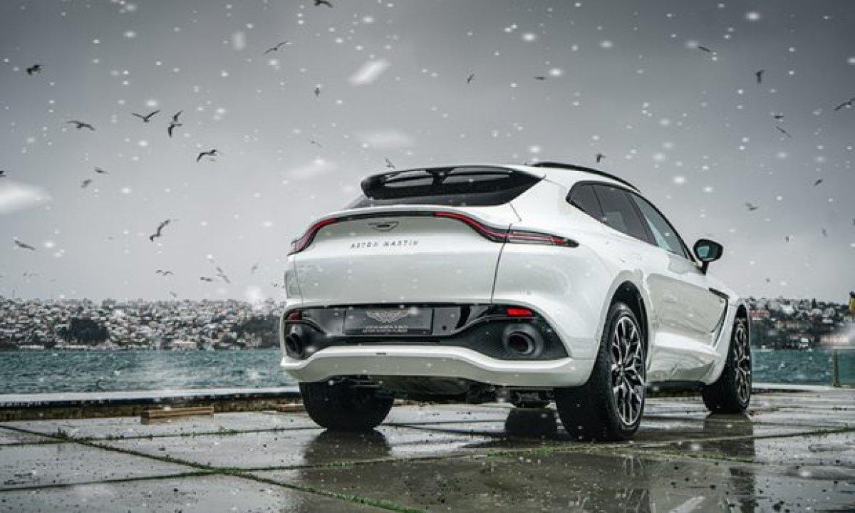 Aston Martin'in ilk SUV'u DBX, yeni renkleriyle de büyüleyecek #1