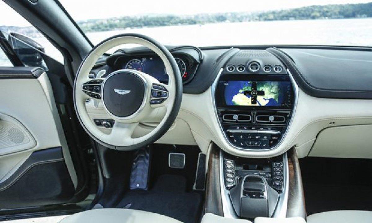 Aston Martin'in ilk SUV'u DBX, yeni renkleriyle de büyüleyecek #5