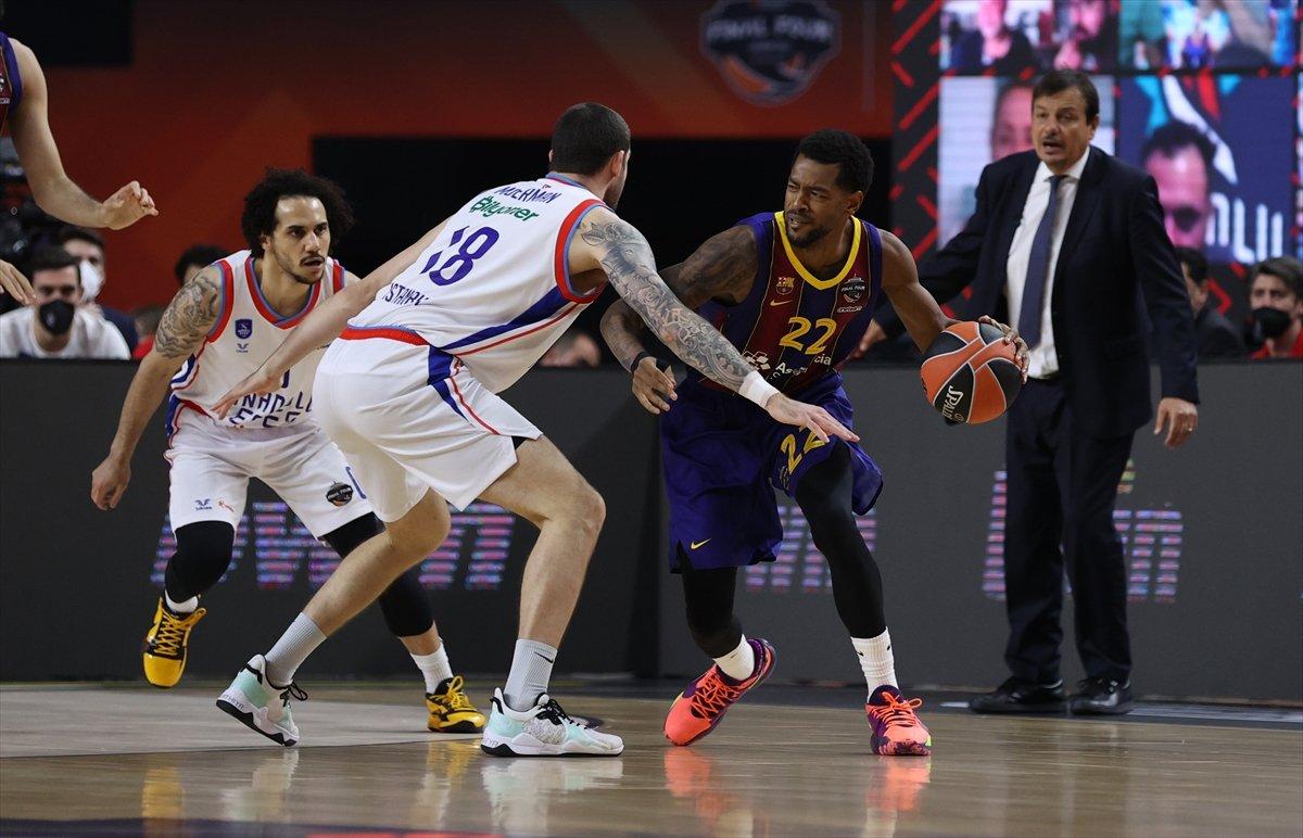 Barcelona'yı mağlup eden Anadolu Efes EuroLeague şampiyonu oldu #3