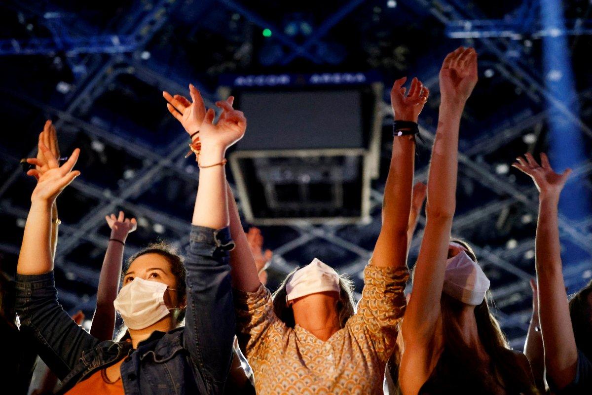 Paris te 5 bin kişilik konser deneyi #2