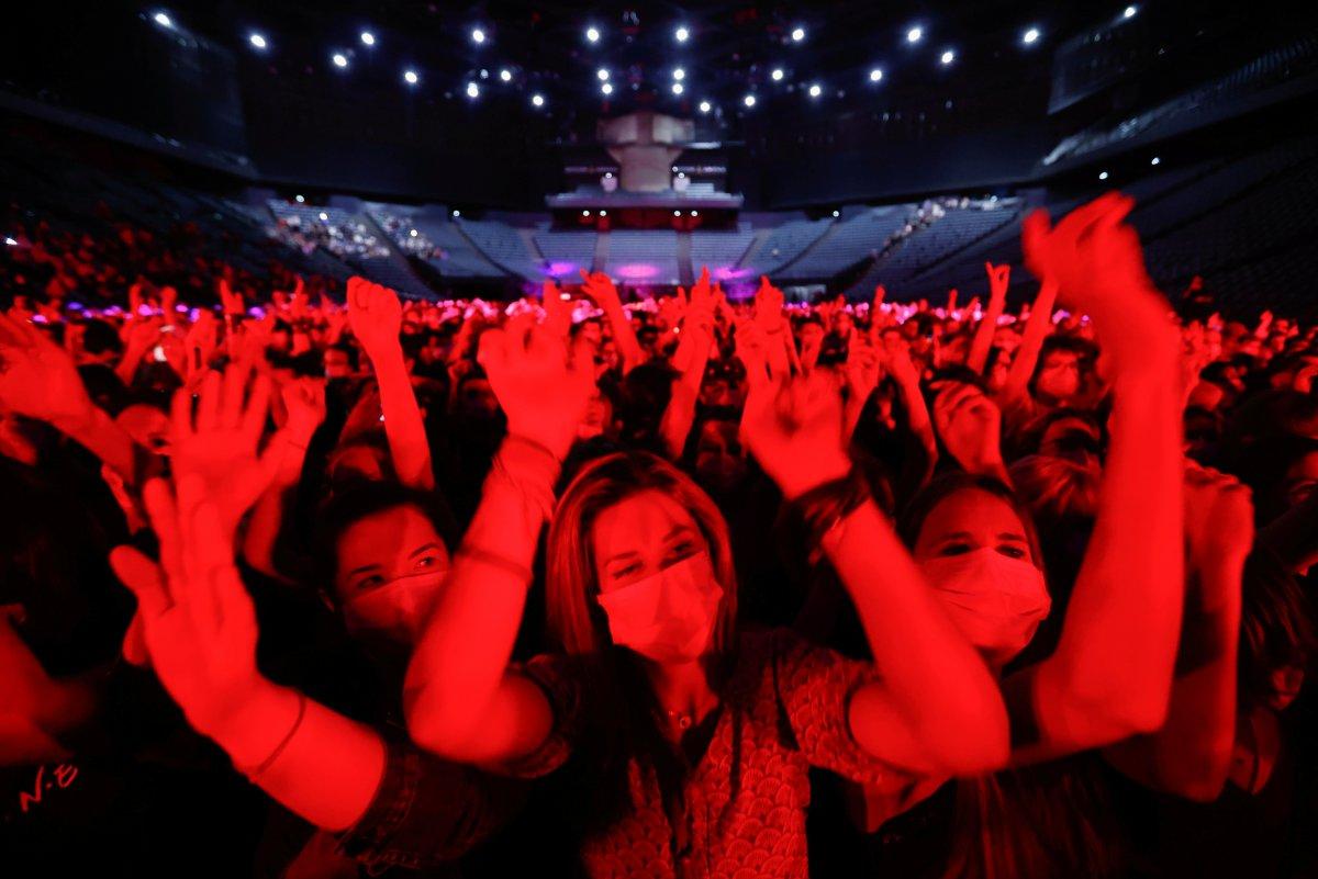 Paris te 5 bin kişilik konser deneyi #4