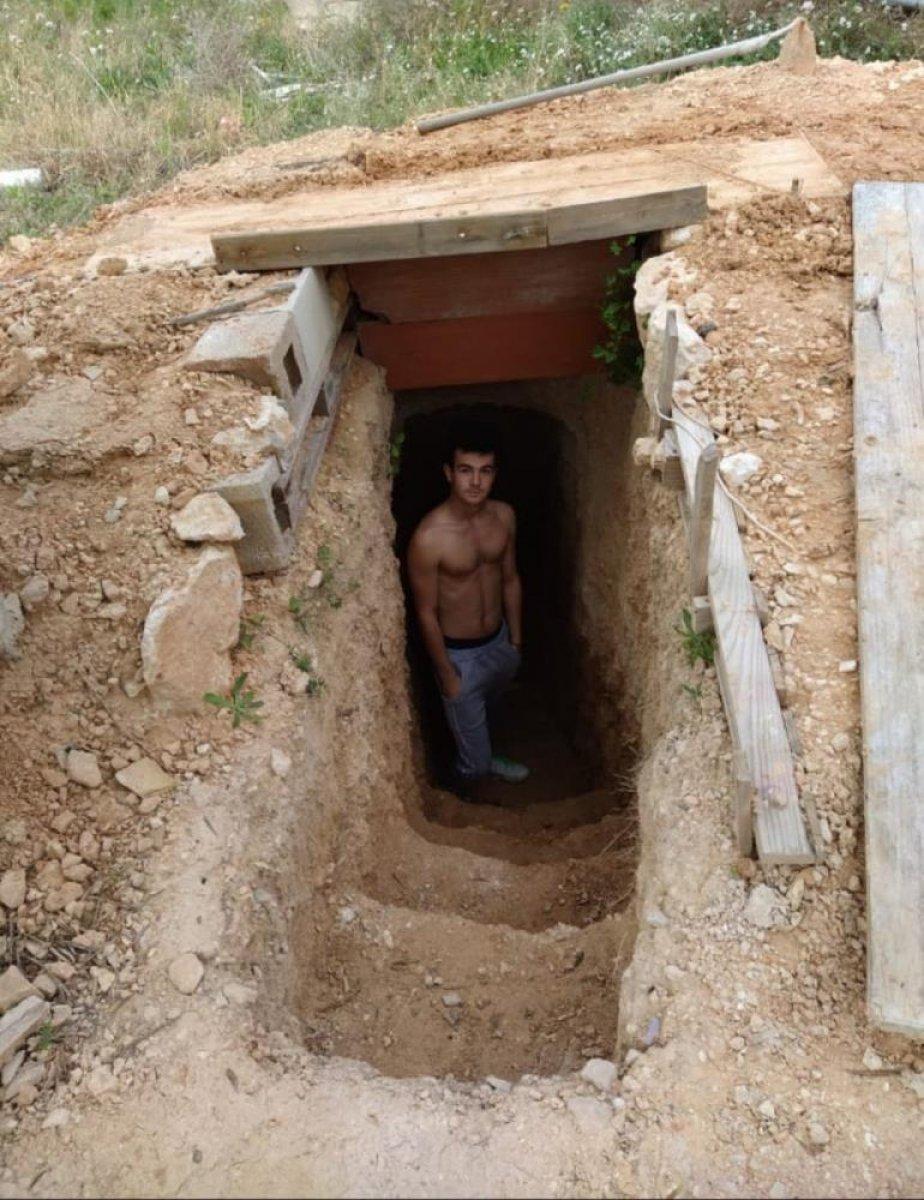 İspanya da ailesine kızan genç, yer altında ev inşa etti  #10
